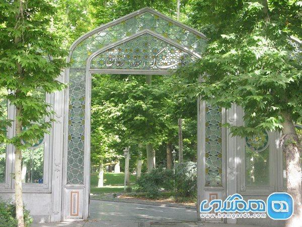 تاریخچه خانه حسین خداداد یا موزه تماشاگه زمان مشهور