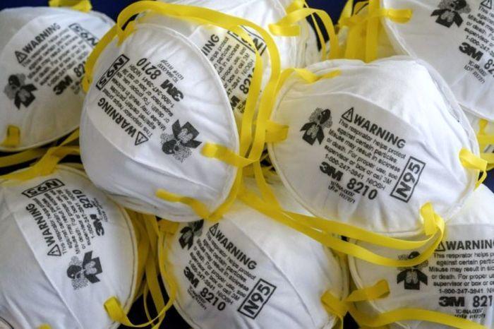 ترخیص 17 هزار نگله ماسک از گمرک شهید رجایی بندر عباس