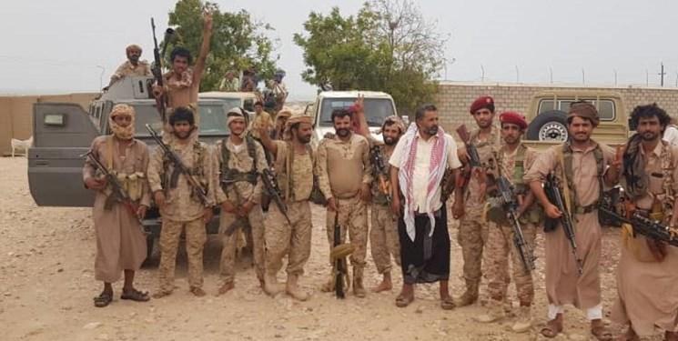 تنش بین نیروهای اماراتی و نیروهای وابسته به عربستان در بندر بلحاف یمن