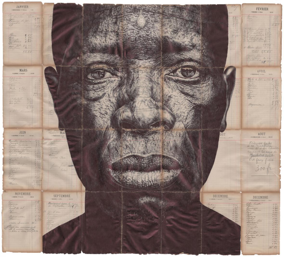 طراحی های دقیق و تحسین برانگیز چهره سالخوردگان روی بستر اوراق قدیمی