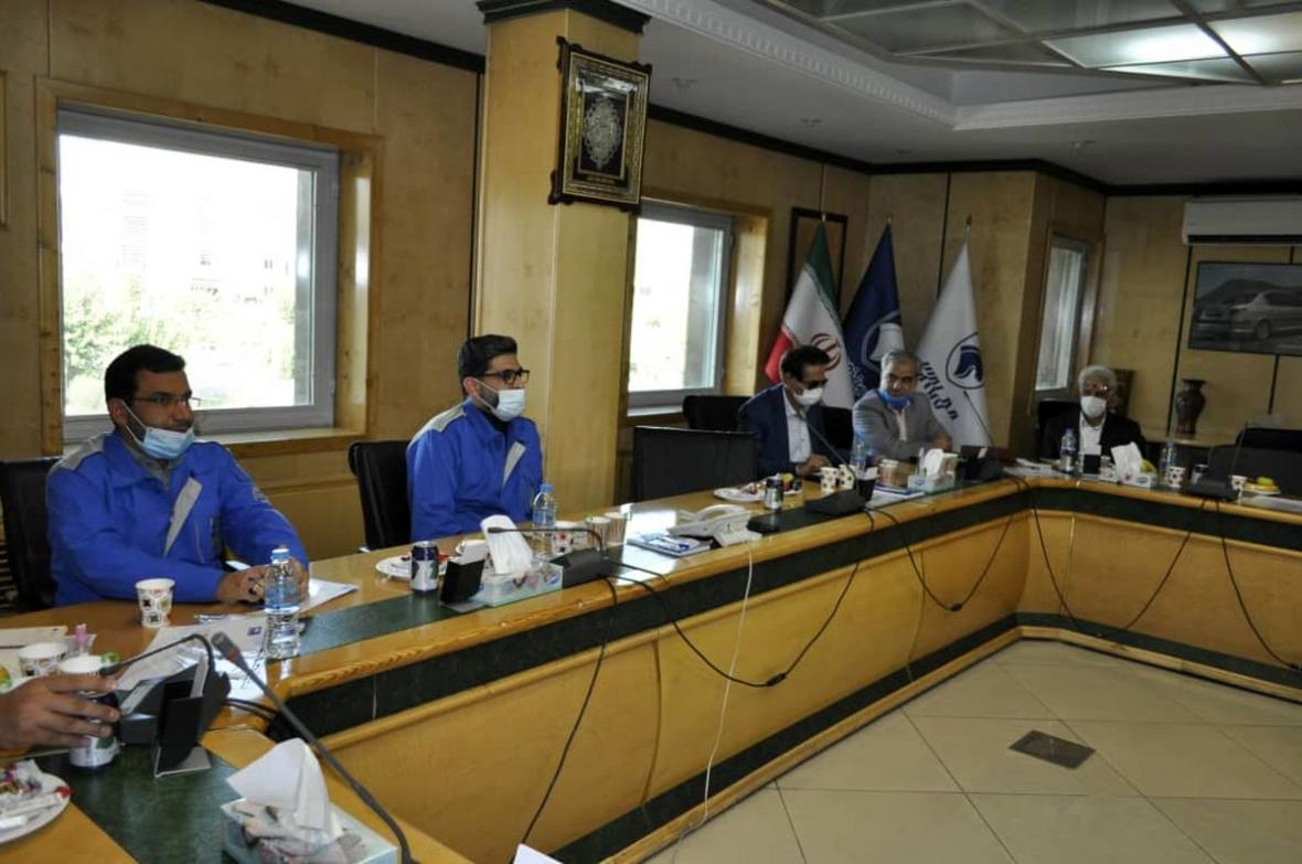 کمیته مشترک خودروسازان و شرکت های پتروشیمی تشکیل می گردد