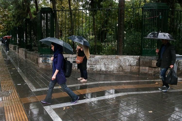 شرایط آب و هوا آدینه 25 مهر 99؛ فعلا خبری از باران نیست