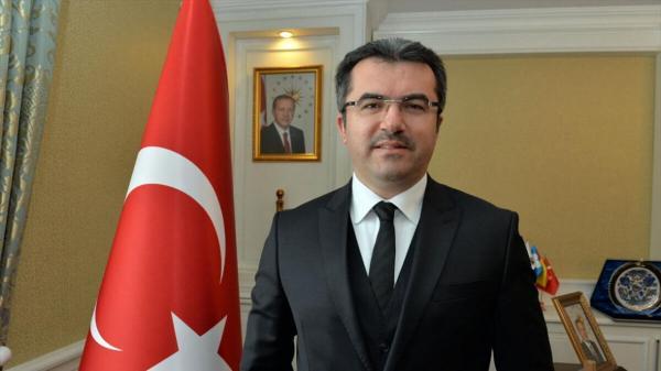 خبرنگاران استاندار ارزروم ترکیه بر افزایش همکاری های مالی با ایران تاکید نمود
