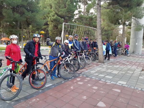 خبرنگاران 500 دوچرخه سوار حامی محیط زیست در آران و بیدگل رکاب زدند