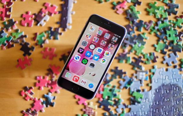 اپل به افشاگران چینی هشدار داد