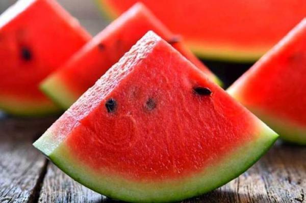 5 خوراکی پیشگیری کننده از آفتاب سوختگی را بشناسید
