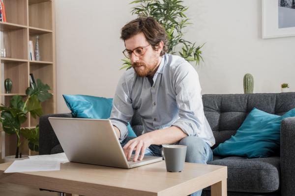 ویزای کانادا: نظرسنجی جدیدی نشان می دهد چنانچه کانادایی ها ملزم به بازگشت به محل کار شوند، شغلشان را ترک خواهند کرد
